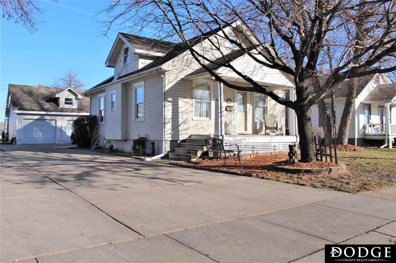 1048 Linden Avenue - Photo 1
