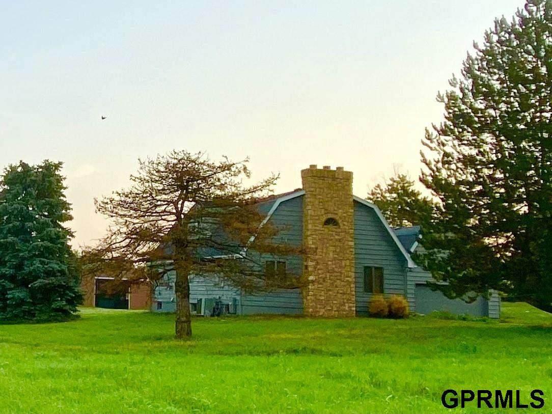 13410 Fairview Road - Photo 1