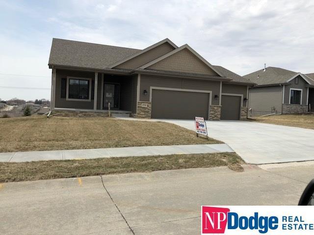 2722 N 191 Avenue, Omaha, NE 68022 (MLS #21712859) :: Omaha Real Estate Group