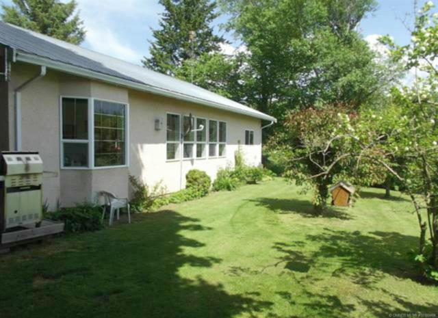 2651 50 Street, NW, Salmon Arm, BC V1E 4M2 (MLS #10189468) :: Walker Real Estate Group