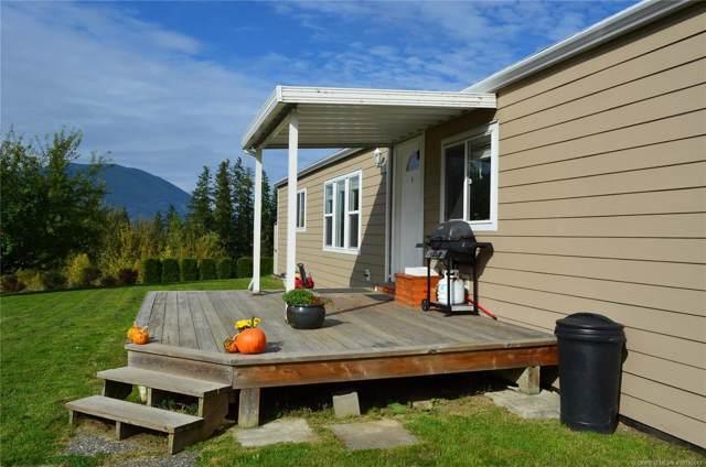 #10 900 10th Avenue, SE, Salmon Arm, BC V1E 2W6 (MLS #10192617) :: Walker Real Estate Group