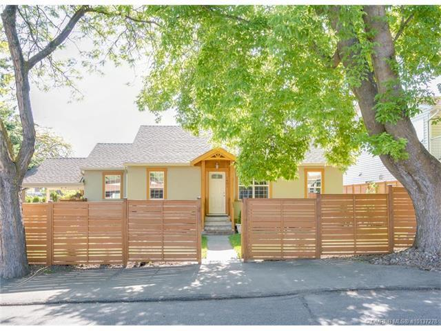 1401 Highland Drive Drive South, Kelowna, BC V1Y 3W3 (MLS #10137278) :: Shuswap Real Estate by Stacey Leigh
