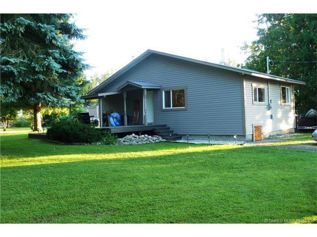 5190 20 Avenue Northeast, Salmon Arm, BC V1E 1C4 (MLS #10138729) :: Walker Real Estate