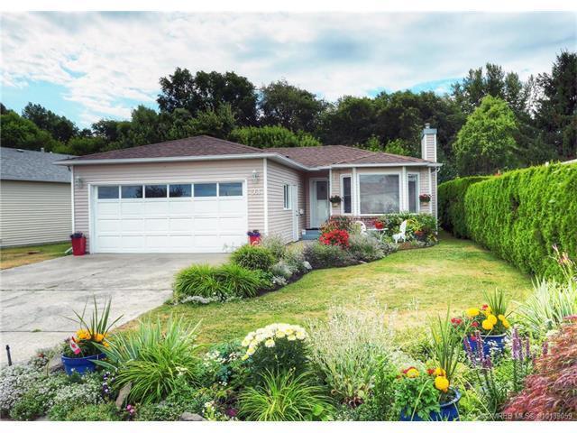 561 - 1255 Raymer Avenue #561, Kelowna, BC V1W 3S3 (MLS #10139059) :: Walker Real Estate
