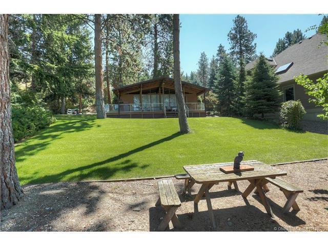 17470 Coral Beach Road, Lake Country, BC V4V 1C1 (MLS #10139075) :: Walker Real Estate