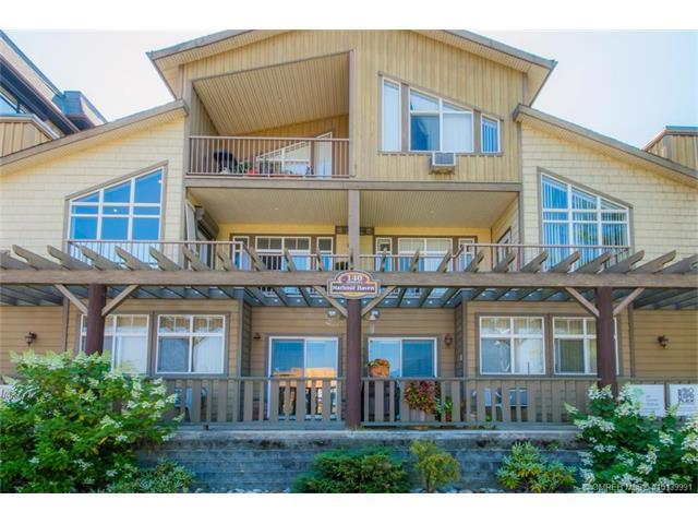 140 Harbourfront Drive Northeast, Salmon Arm, BC V1E 4M6 (MLS #10139991) :: Shuswap Real Estate by Stacey Leigh