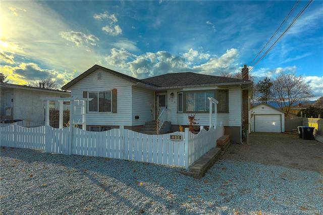 260 Woods Road,, Kelowna, BC V1X 4G5 (MLS #10145743) :: Walker Real Estate