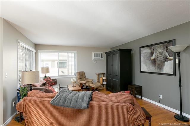 #209 797 Leon Avenue,, Kelowna, BC V1Y 6J7 (MLS #10152911) :: Walker Real Estate