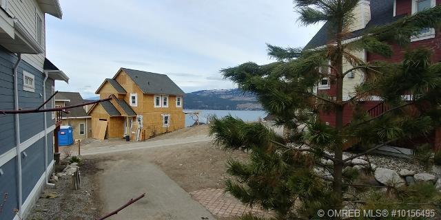 6767 La Palma Loop,, Fintry, BC V1Z 3R8 (MLS #10156495) :: Walker Real Estate