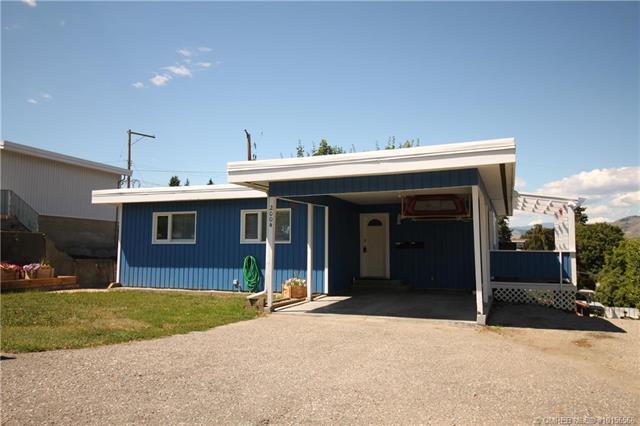 2004 35 Street,, Vernon, BC V1T 6A9 (MLS #10156566) :: Walker Real Estate
