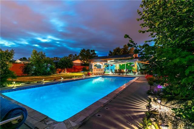 175 Benchview Road,, Kelowna, BC V1X 1M6 (MLS #10162103) :: Walker Real Estate