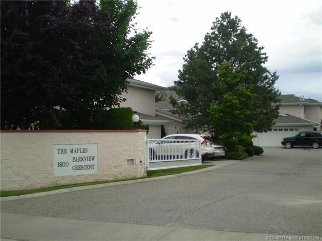 #8 1800 Parkview Crescent,, Kelowna, BC V1X 7G6 (MLS #10162259) :: Walker Real Estate