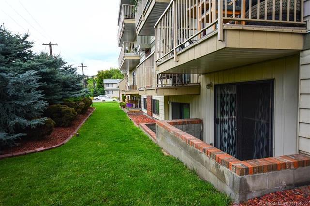 #111 3304 35 Avenue,, Vernon, BC V1T 8M6 (MLS #10164005) :: Walker Real Estate