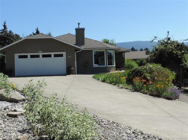 691 Upland Drive,, Coldstream, BC V1B 2X9 (MLS #10165636) :: Walker Real Estate Group