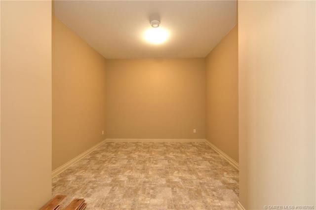 #8 673 Denali Court,, Kelowna, BC V1Y 6M4 (MLS #10167096) :: Walker Real Estate Group