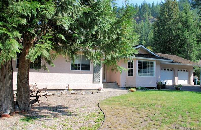 2739 Mount Dale Place,, Blind Bay, BC V0E 1H1 (MLS #10168039) :: Walker Real Estate Group