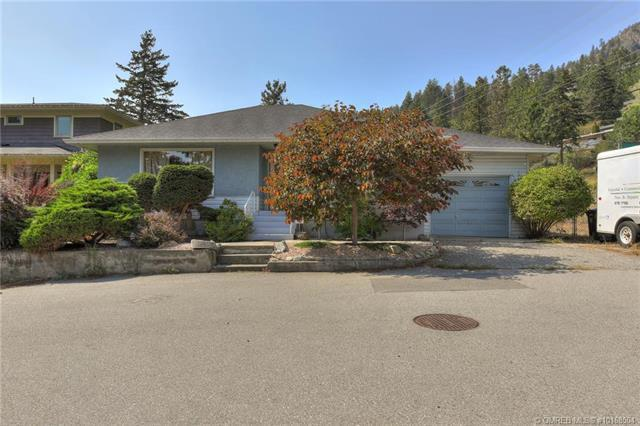 4305 12th Street,, Peachland, BC V0H 1X6 (MLS #10168504) :: Walker Real Estate Group