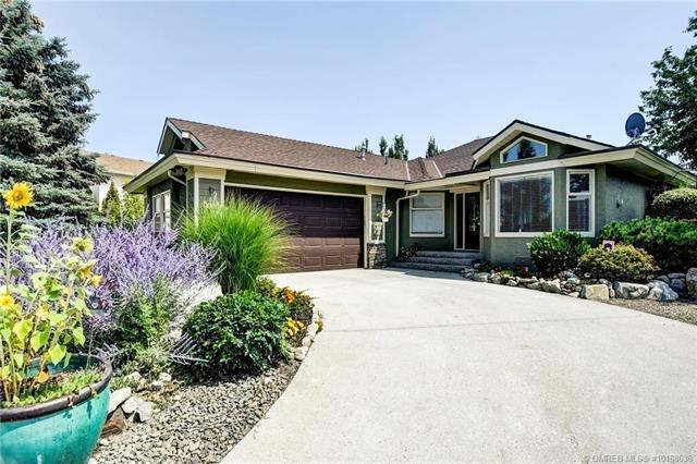4883 Parkridge Place,, Kelowna, BC V1W 3A1 (MLS #10168636) :: Walker Real Estate Group