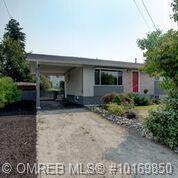 430a Holbrook Road, W, Kelowna, BC V1X 1S3 (MLS #10169850) :: Walker Real Estate Group