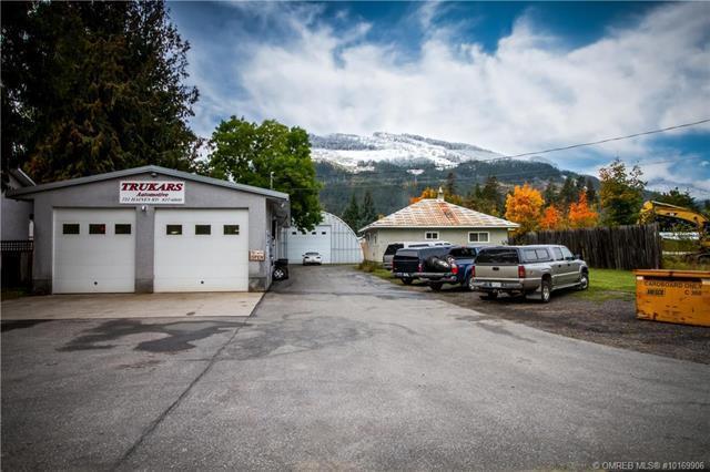 727 Haines Road,, Revelstoke, BC V0E 2S0 (MLS #10169906) :: Walker Real Estate Group
