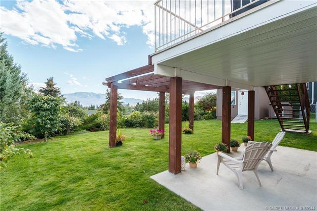 2625 Saddleridge Drive,, West Kelowna, BC V4T 2K7 (MLS #10169944) :: Walker Real Estate Group