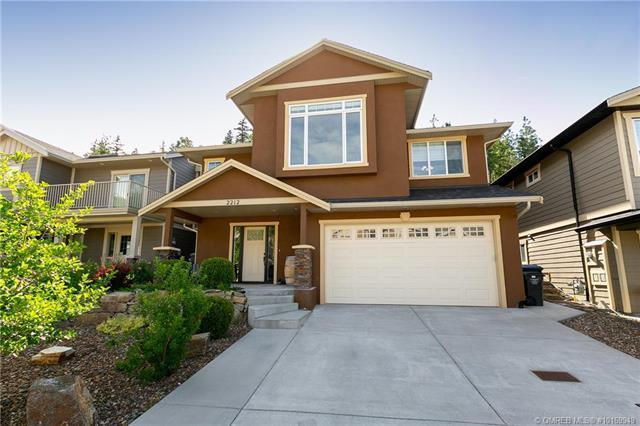 2212 Sunview Drive,, West Kelowna, BC V1Z 3X9 (MLS #10169949) :: Walker Real Estate Group