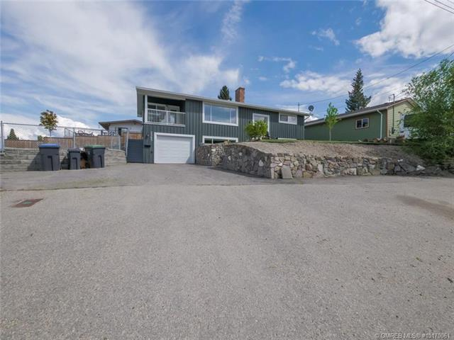 2565 Thacker Drive,, West Kelowna, BC V1Z 1W4 (MLS #10170061) :: Walker Real Estate Group