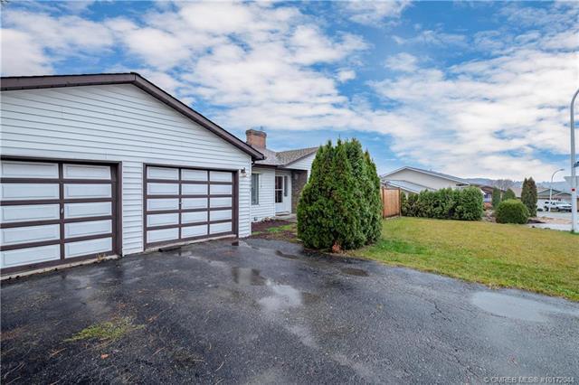 1901 19 Street,, Vernon, BC V1T 8E6 (MLS #10172044) :: Walker Real Estate Group