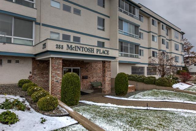 #207 255 Mcintosh Road,, Kelowna, BC V1Y 2C5 (MLS #10172110) :: Walker Real Estate Group
