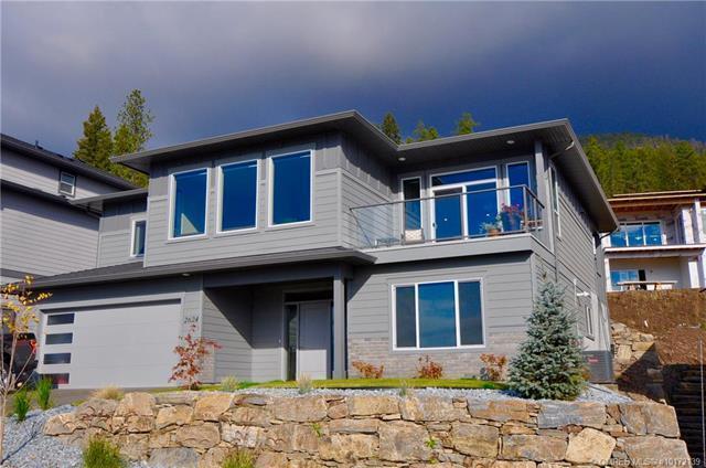 2572 Crown Crest Drive,, West Kelowna, BC V4T 3K4 (MLS #10172139) :: Walker Real Estate Group
