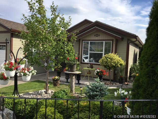3493 Oak Crescent,, West Kelowna, BC V4T 3A5 (MLS #10172313) :: Walker Real Estate Group