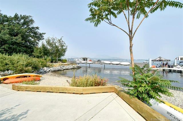 #206 4205 Gellatly Road,, Kelowna, BC V4T 2K2 (MLS #10172381) :: Walker Real Estate Group