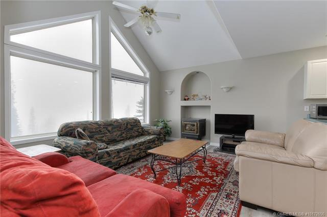 #117A 5907 Snow Pines Crescent,, Big White, BC V1P 1P3 (MLS #10172656) :: Walker Real Estate Group