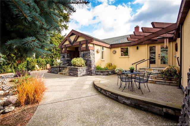 1715 Highland Drive, N, Kelowna, BC V1Y 4K6 (MLS #10172965) :: Walker Real Estate Group