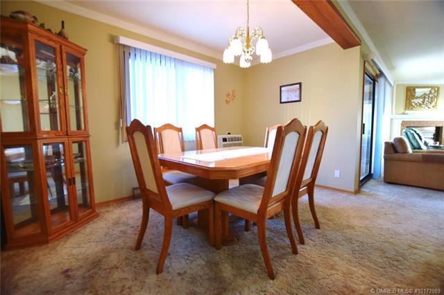 #305 1075 Bernard Avenue,, Kelowna, BC V1Y 6P7 (MLS #10172989) :: Walker Real Estate Group