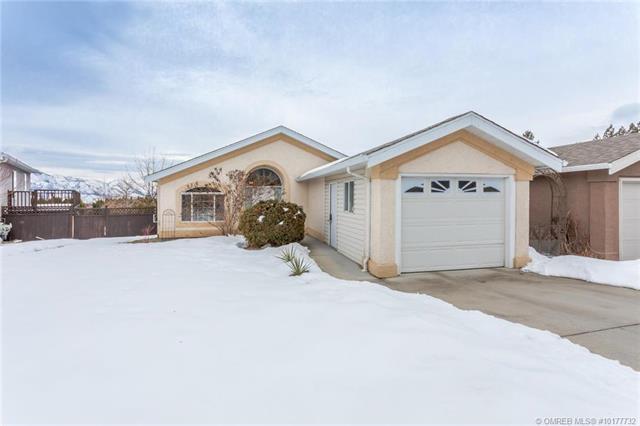 #428 2440 Old Okanagan Highway,, West Kelowna, BC V4T 1X6 (MLS #10177732) :: Walker Real Estate Group