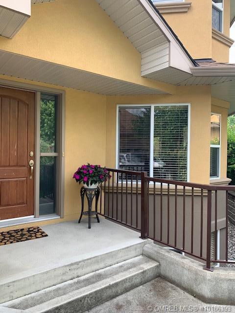 #38 218 Glen Park Drive,, Kelowna, BC V1V 2W3 (MLS #10186399) :: Walker Real Estate Group