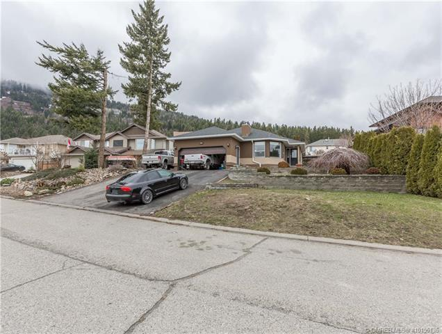 1904 Skyview Crescent,, Lumby, BC V0E 2G0 (MLS #10155136) :: Walker Real Estate