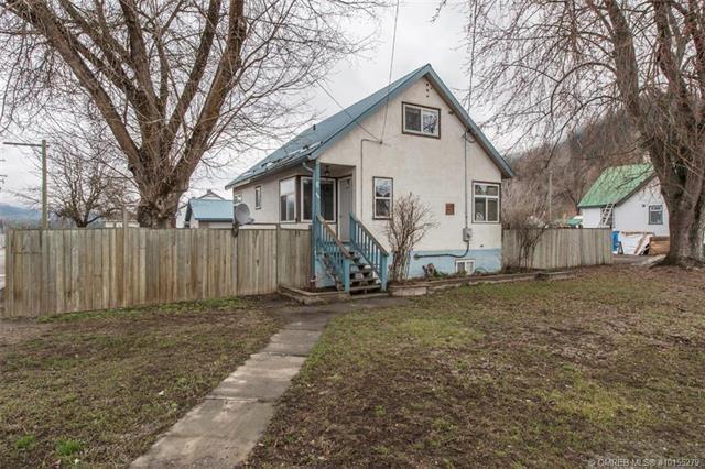 1989 Maple Street,, Lumby, BC V0E 2G0 (MLS #10155279) :: Walker Real Estate