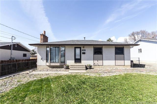 860 Lowland Street,, Kelowna, BC V1Y 4G1 (MLS #10155982) :: Walker Real Estate