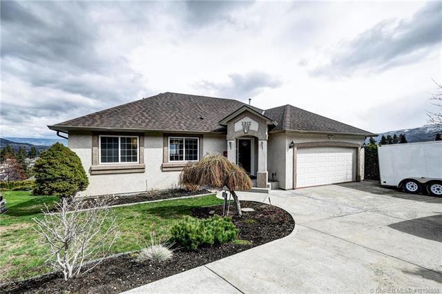 2912 Glen Abbey Place,, West Kelowna, BC V4T 2N1 (MLS #10156050) :: Walker Real Estate