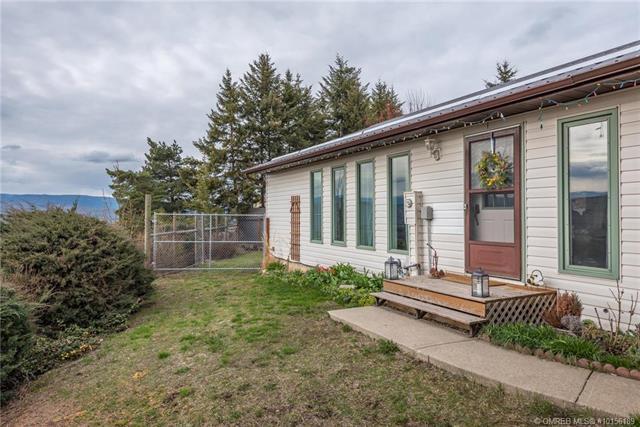575 Upper Crestview Drive,, Coldstream, BC V1B 2X7 (MLS #10156189) :: Walker Real Estate