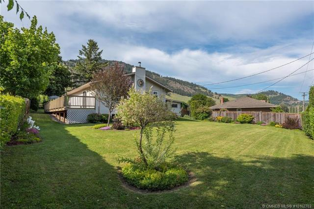 6322 Freeman Drive,, Coldstream, BC V1B 3C7 (MLS #10162703) :: Walker Real Estate Group