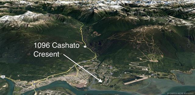1096 Cashato Crescent,, Revelstoke, BC V0E 2S0 (MLS #10162937) :: Walker Real Estate