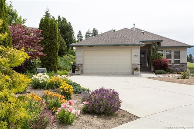 2529 Bridlehill Court,, West Kelowna, BC V4T 2W2 (MLS #10163150) :: Walker Real Estate Group