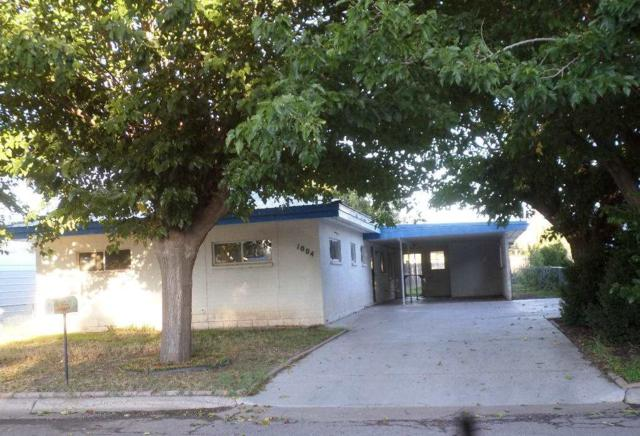 1004 Montezuma Ave, Tularosa, NM 88352 (MLS #157503) :: Assist-2-Sell Buyers and Sellers Preferred Realty