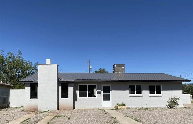1821 Alaska Av, Alamogordo, NM 88310 (MLS #163098) :: Assist-2-Sell Buyers and Sellers Preferred Realty
