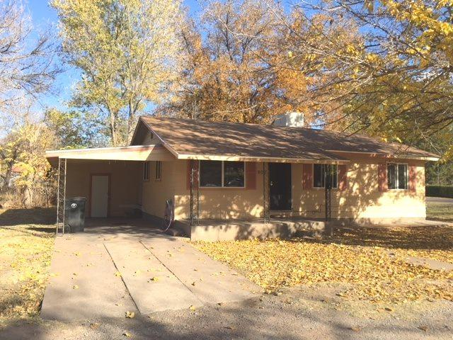 902 Fifth St, Tularosa, NM 88352 (MLS #157719) :: Assist-2-Sell Buyers and Sellers Preferred Realty