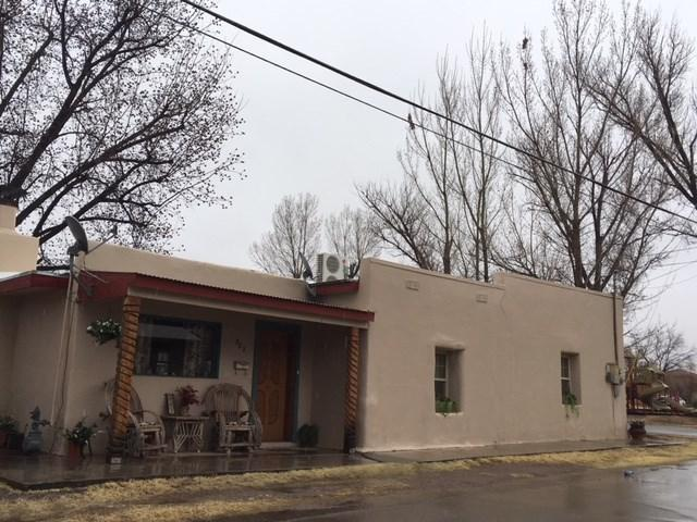 802 5th St, Tularosa, NM 88352 (MLS #158080) :: Assist-2-Sell Buyers and Sellers Preferred Realty