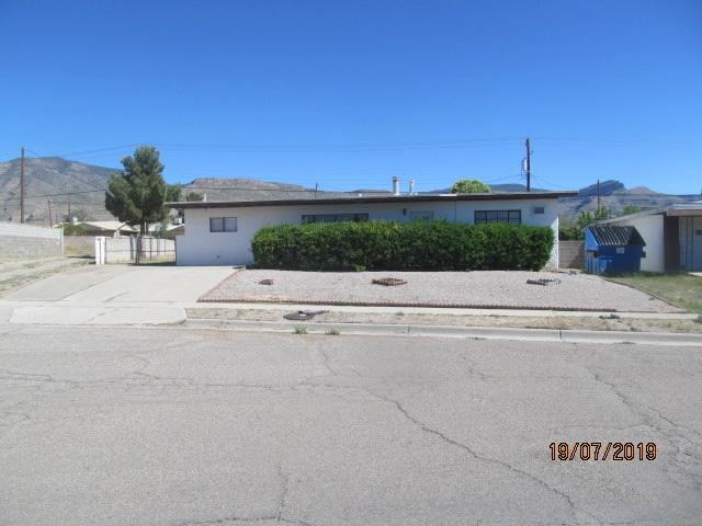 1906 Mountain View Av, Alamogordo, NM 88310 (MLS #160566) :: Assist-2-Sell Buyers and Sellers Preferred Realty